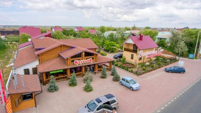 baza-otdykha-zaporozhskaya-sech-restoran-kazachek-beregovoefeodosiya-1
